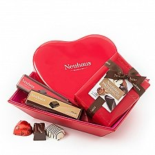 Neuhaus Romantic Gift Basket Delivery Poland