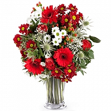 Strawberry Roses and Wild Flowers Delivery Mexico