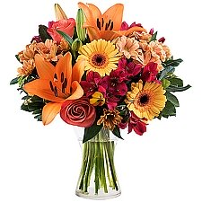 Peach Lilies and Roses Delivery to Brazil