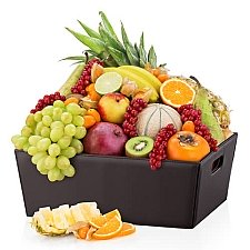 Leather Hamper Exotic Fruit Delivery to Germany