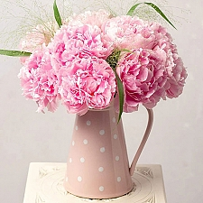 Pink Peonies Delivery to UK