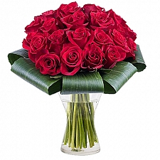 Red Carnation Delivery to Pakistan
