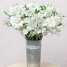 Pearl Drop Flowers Delivery UK