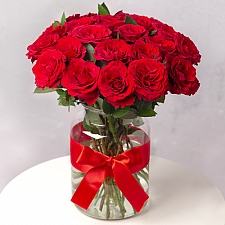 24 Red Roses delivery to UK [United Kingdom]