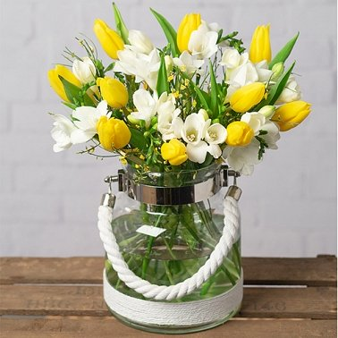 Freesias and Tulips Delivery to UK