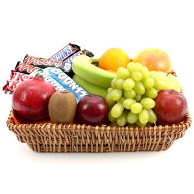 Bounty Fruit Basket delivery to UK [United Kingdom]