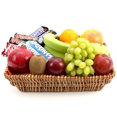 Bounty Fruit Basket delivery to UK [United Kingdom]