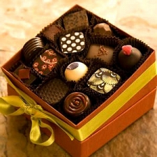 13 Pc Luxury Assortment delivery to France