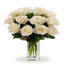 12 Long Stemmed White Roses delivery to Canada