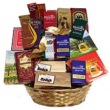 Happy Holiday Gourmet delivery to Canada