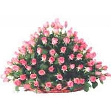 Pink Roses Basket 100 Flowers delivery to India