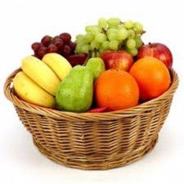 2.5 Kg Fresh Fruits Basket | Send Fruit Baskets to India by Express Gift Service