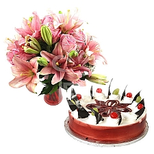 Rose Lily Duo with 4Lbs Cake - PC Hotel