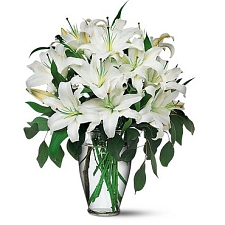 Perfect White Lilies Delivery to UAE