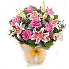 Pink Rose & Lily Hand Tied Delivery to UAE
