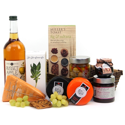 Artisan Cheese Hamper Delivery to UK