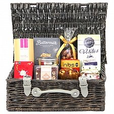 Sweet Treat Hampers Delivery to UK