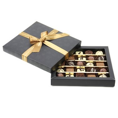 Chocolate Cosmopolitan Box delivery to UK [United Kingdom]