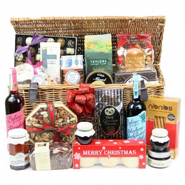 Grand Royal Hamper Delivery to UK