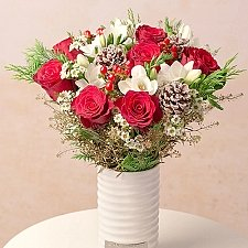 Christmas Roses and Freesias Delivery to UK