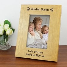 Personalised Oak Finish 6x4 Hearts Photo Frame