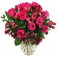 Crimson Blossom delivery to UK [United Kingdom]