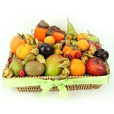 Chocolates 'n' Fruits Hamper delivery to UK [United Kingdom]