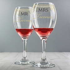 Personalised Mr and Mrs Gold Confetti Pair of Wine Glasses delivery to UK [United Kingdom]