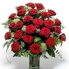 24 Red roses delivery to Italy